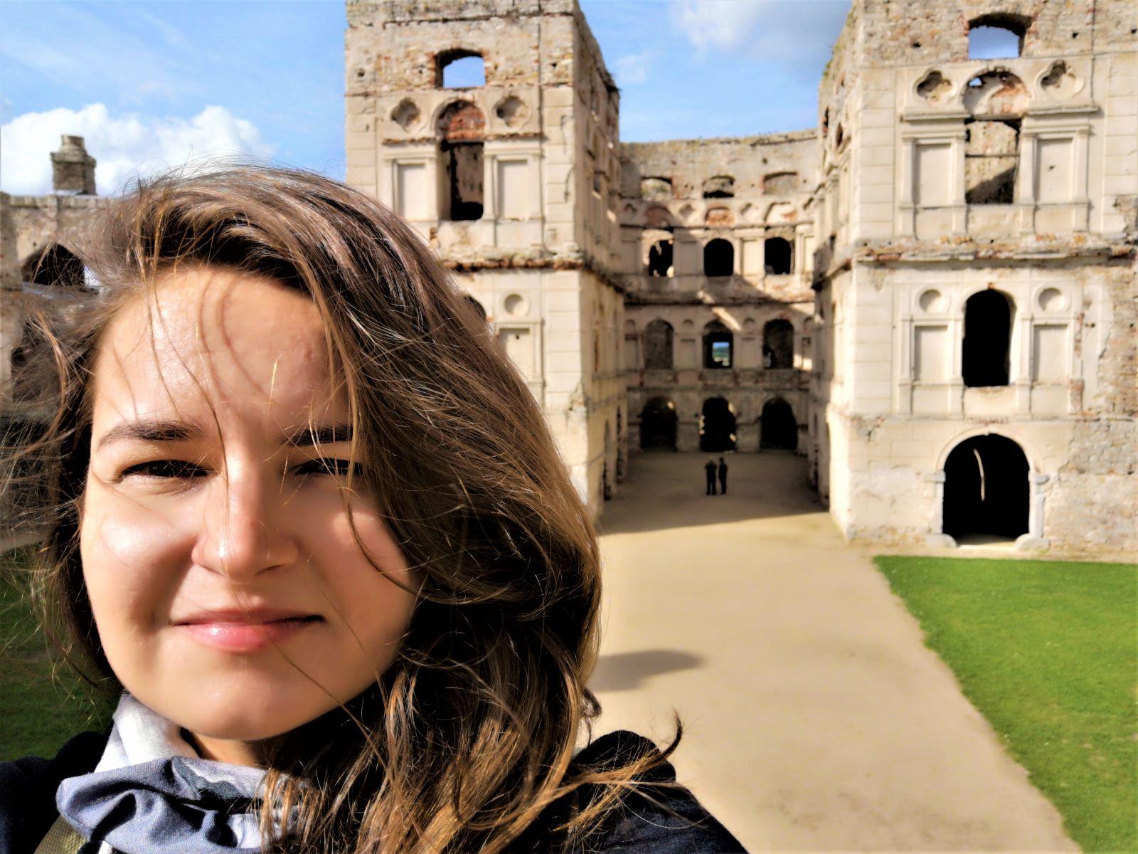 jedz w polske zamek krzyztopor ujazd