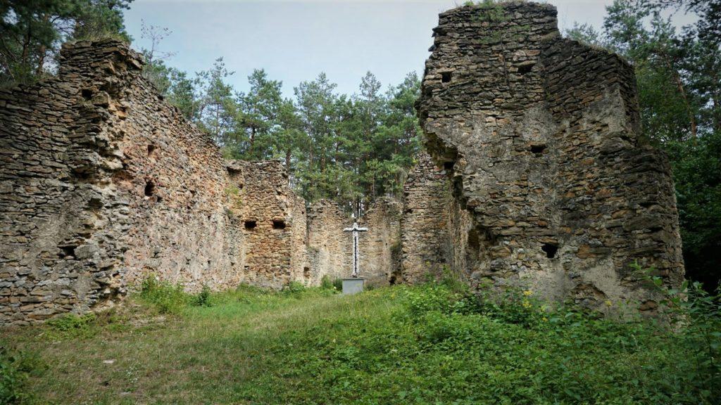 ruiny kosciola wgruszczynie