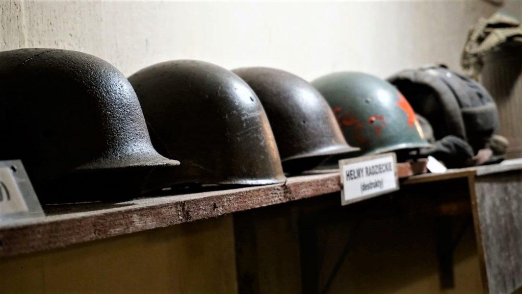 radzieckie helmy naekspozycji wschronie wkonewce