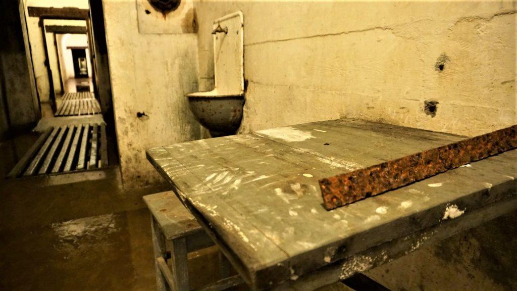 stol izlew ktorych uzywali pracujacy wschronie wkonewce zolnierze