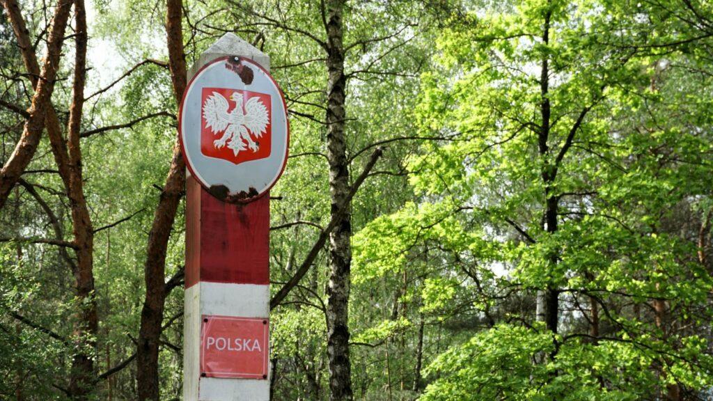 Słup graniczny zgodłem Polskiej Rzeczpospolitej Ludowej