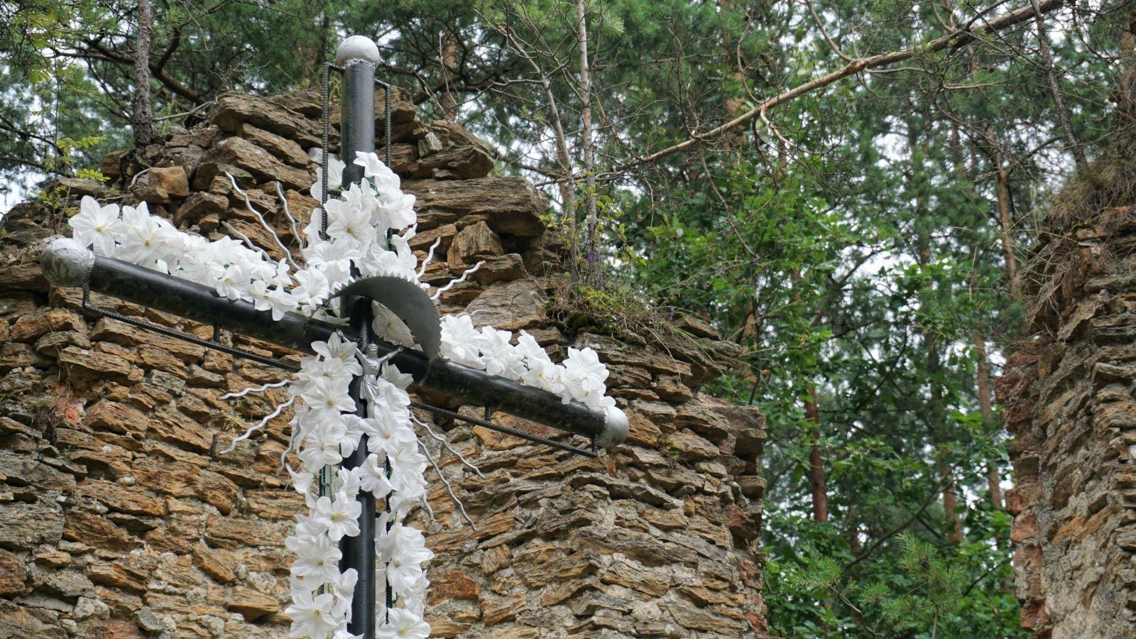 ruiny kościoła wGruszczynie