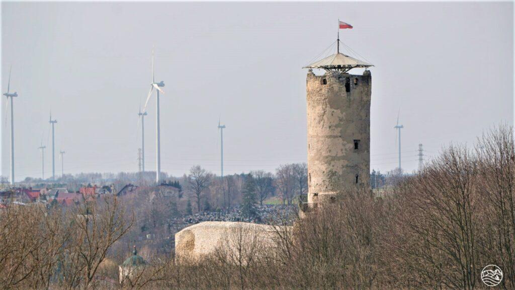 Zamek wIłży ifarma wiatrowa